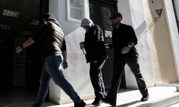 Οικογενειακή τραγωδία: Προφυλακίστηκε ο δράστης του φονικού που συγκλόνισε το Πανελλήνιο